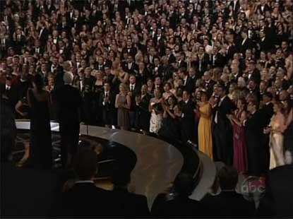 tom-smothers-ovation.jpg