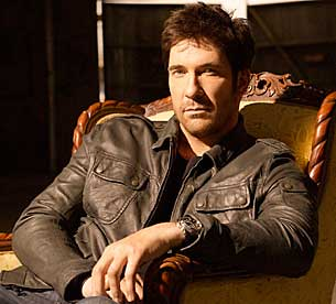 dark-blue-dylan_mcdermott_l.jpg