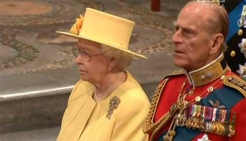 royal-wedding-9-queen.jpg