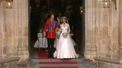 royal-wedding-exiting-abbey.jpg
