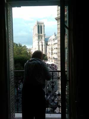PARIS-notre-dame-view-dvb-2.jpg