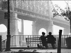 Woody-Allen-bridge-Manhatta.jpg