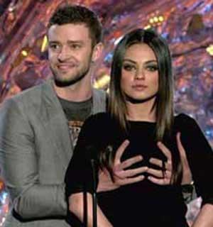 Timberlake-Kunis-MTV-awards.jpg