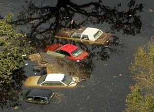 Hurricane_Katrina_N_286930b.jpg