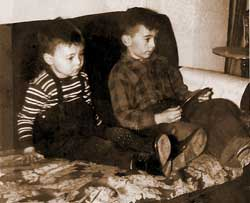Donovan-boys-watching-tv-2.jpg