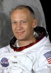 Buzz_Aldrin_astronaut.jpg