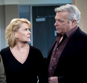 OLTL-viki-clint-hospital-abc.jpg