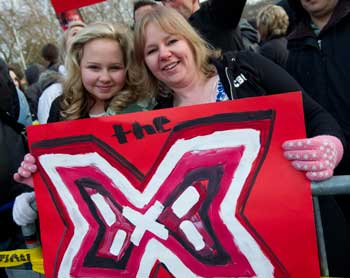 The-X-Factor-Fox-mom-daughter.jpg