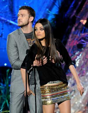 mtv-movie-awards-kunis-timberlake.jpg