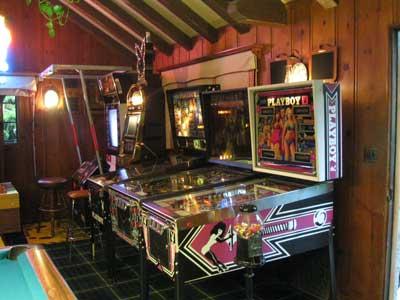 playboy-mansion-game-room.jpg